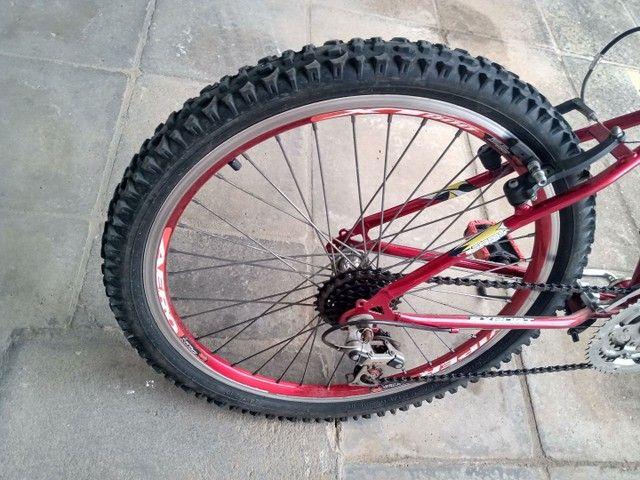 Vende uma bicicleta toda revisada aro 24  - Foto 4