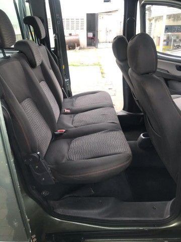 Fiat Doblô Xingú 1.8 Adventure . 6 lugares .Extra!!! - Foto 15