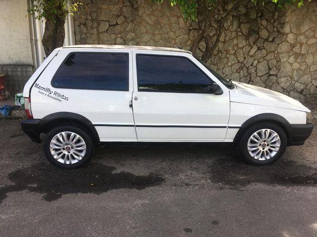 Vendo Fiat uno 2006 / 2007 Baixei pra vender.