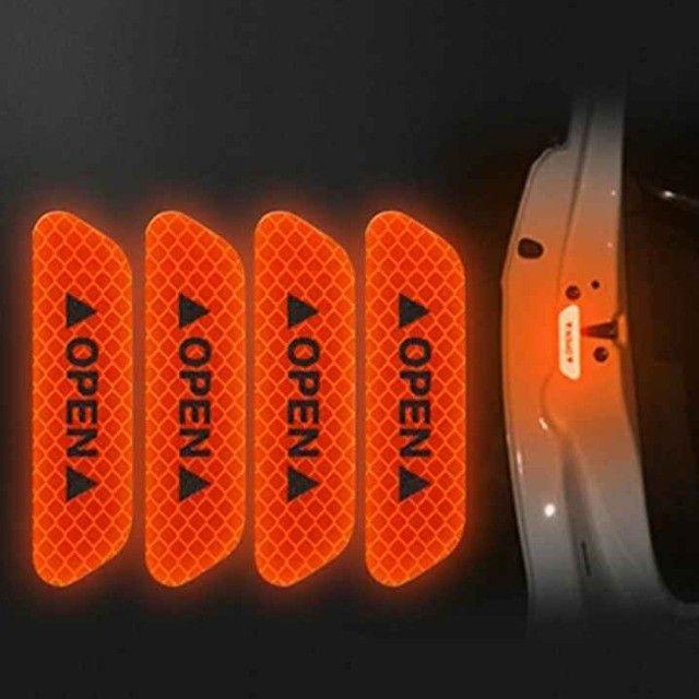 Adesivo de Carro e Bike 4unid Refletivo luminoso Etiqueta Chama Atenção  - Foto 2