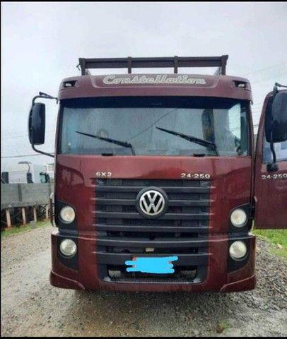 caminhão vw 24250 aceito proposta (troca) - Foto 3