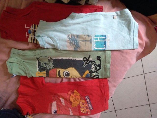 Shorts e camisetas - Foto 2