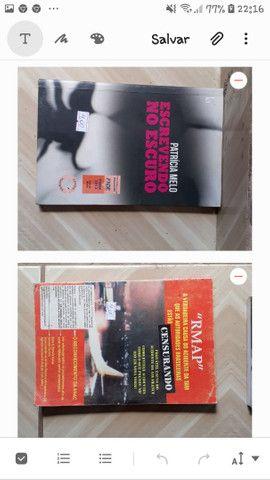 Livros baratos cada um por 4 reais