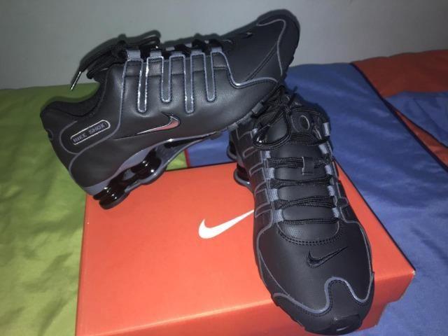 online store 3da76 fd698 Tênis Nike Shox Nz Eu Original Masculino Tamanho 40 - Preto E Cinza