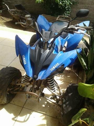 Quadriciculo Yamaha 250cc r$ 10.000,00