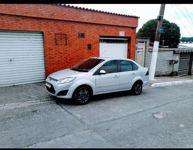 Fiesta Sed. SE 1.6 8V Flex