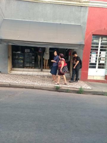 Vende-se uma loja no Centro de Cuiabá