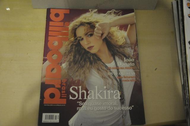 Revista Billboard Brasil - Shakira (2014)