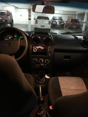 Ford Fiesta 1.0 - Foto 5