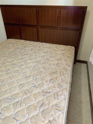 Vendo cama e coxão KING DE MADEIRA NOBRE - Foto 5