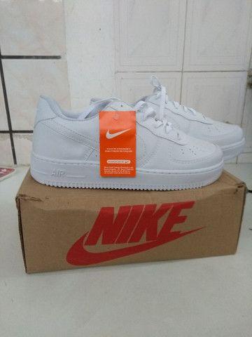 Vendo tênis Nike  original e na caixa. - Foto 3