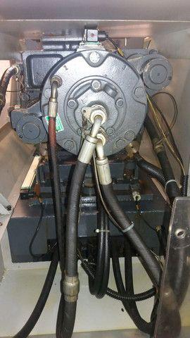 Vendo uma máquina injetora de plástico SEMERARO GIUSTA 260/65 - Foto 6