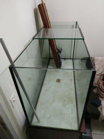 Aquário 490 litros com móvel - Foto 2