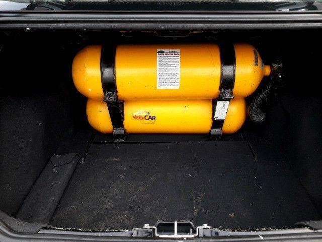 Fiat siena elx 1.4 tetrafuel - gnv original de fabrica - Foto 4