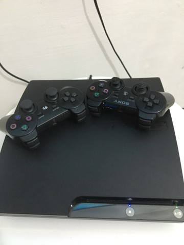 Ps3 completo 2 controle 4 jogos  - Foto 5