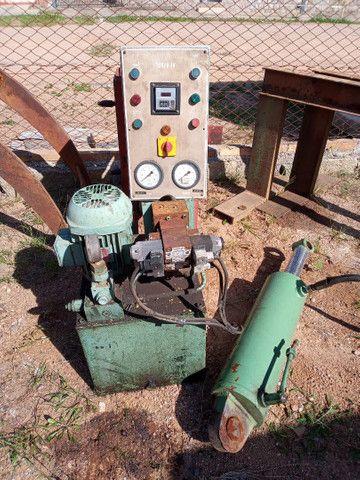 Unidade hidráulica e cilindro
