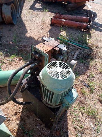 Unidade hidráulica e cilindro - Foto 5