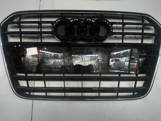 Grade diantteira Audi A6