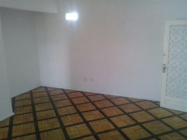Alugo apartamento na Praça das Nações em Bonsucesso