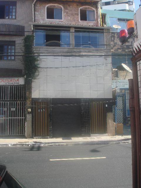 Predio com 1 loja ,5 apartamentos no Rio Vermelho,salvador Ba