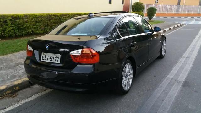 BMW 325i E90 ? Troco carro popular - Foto 4