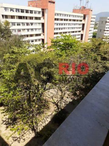 Apartamento para alugar com 2 dormitórios em Taquara, Rio de janeiro cod:TQAP20385