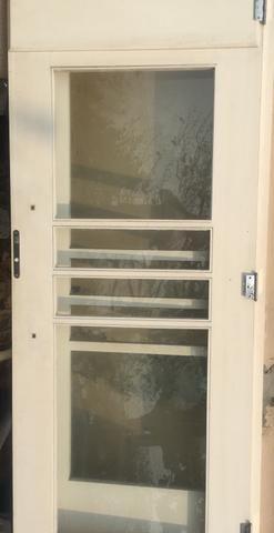 Vende-se portas de madeira 450,00 cada