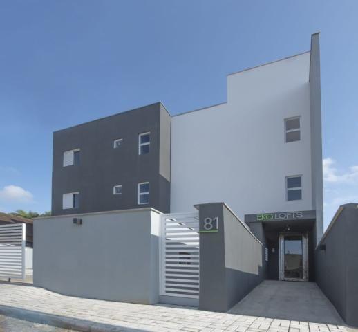 Abelardo imóveis aluga loft mobiliado, novo, no bairro água verde, com 30,00m².