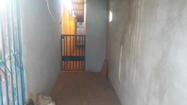 Qno 18 conjunto 22 - 2 qts + casa de fundos - Foto 4