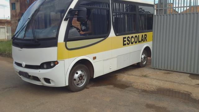 Micro onibus ano 2006 - Foto 8