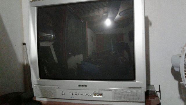 TV 29 + DVD sony mais rack grátis