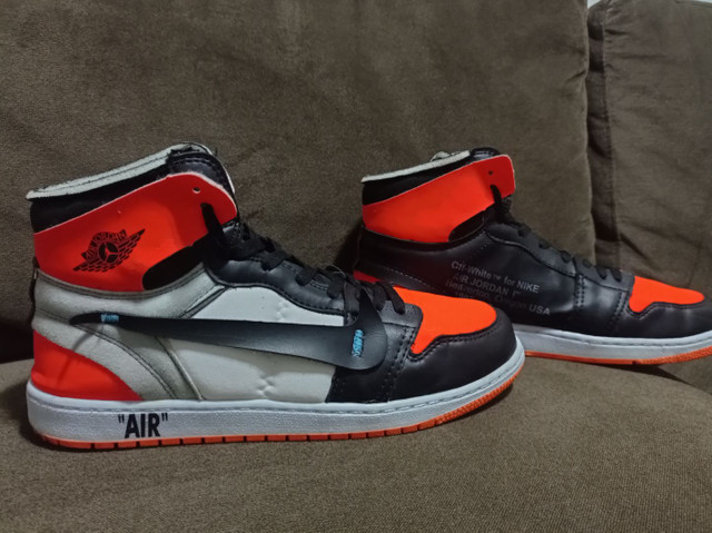 Tênis Air Jordan Off White tamanho 43