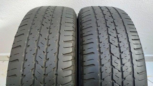 Par de Pneus Bridgestone 215/65 R16 - Foto 2
