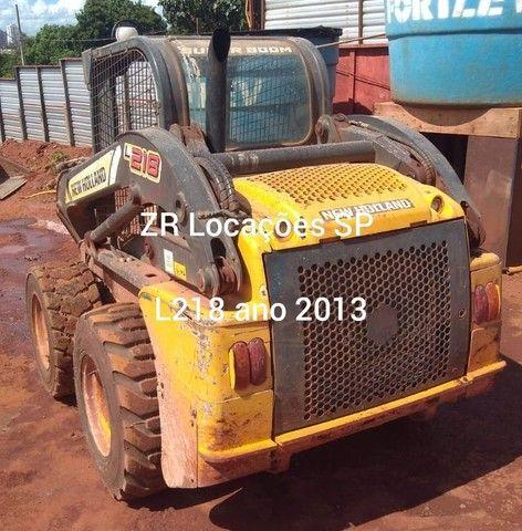 Minicarregadeira L218 ano 2013 - Foto 2