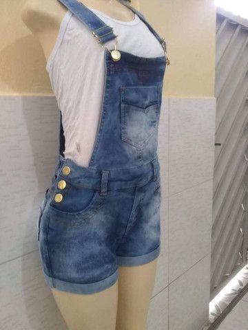 Roupa de adulto jeans. 3% de lycra