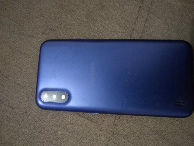 Smartphone Samsung A 01 - Foto 2