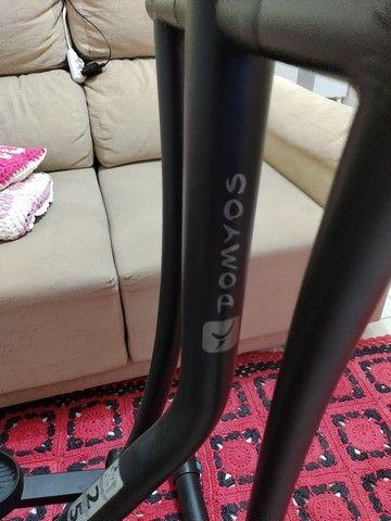 Bicicleta elíptica domyos essential 800 reais - Foto 4