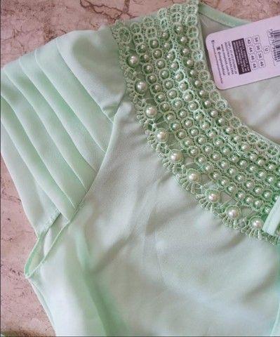 Blusa em crepe com pérola - Foto 2
