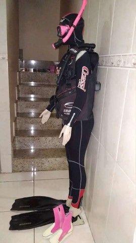 Equipamento de mergulho feminino  - Foto 3