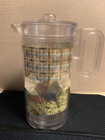 jarra, 10 copos e balde de gelo em acrílico. em bom estado de conservação - Foto 6