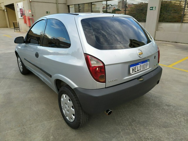 Chevrolet Celta 1.0 VHCE Life 2011 - Foto 5