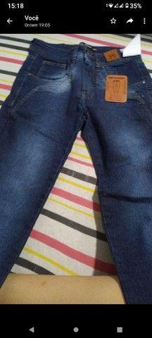 Vendo essas calças jeans masculinas - Foto 3