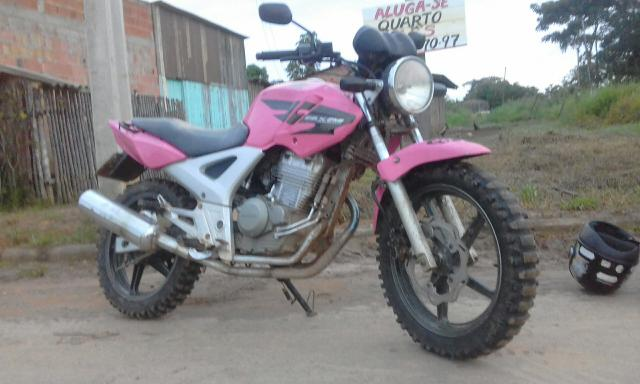 Vendo ou troco por moto de baixa cilindrada essa linda twistter 2008