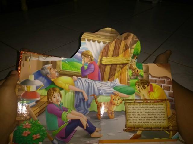 Livro : O gato de botas - Foto 2