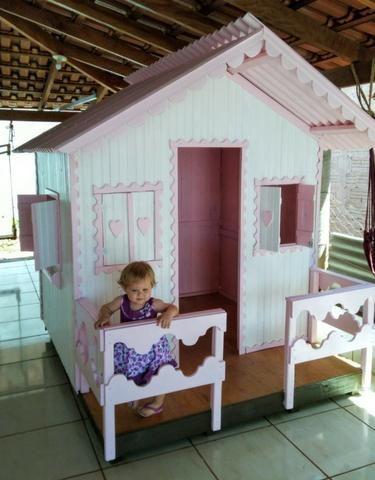 Casinha de Madeira Infantil