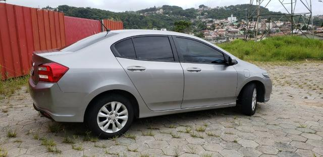 Vendo Honda City 1.5 2013 automático