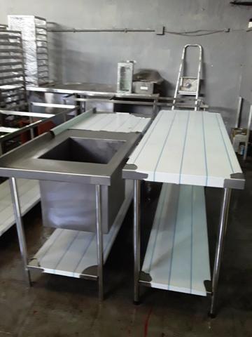 Bancada inox (fábrica)