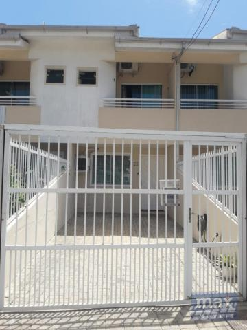 Casa à venda com 2 dormitórios em Centro, Navegantes cod:4745