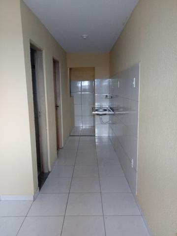 Alugo Apartamento na Rua Samuel Uchoa, em frente ao mercantil
