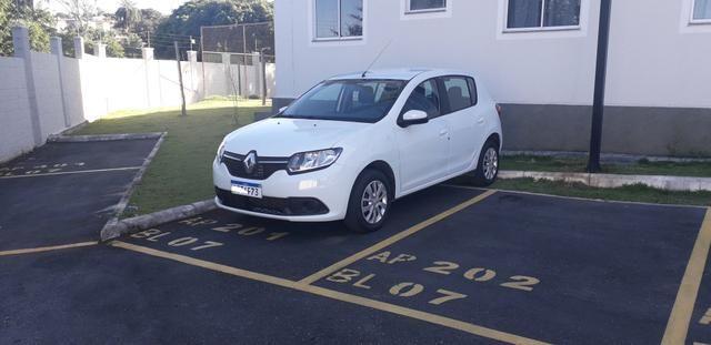 Vende-se Renault Sandero 1.6 2018 completo
